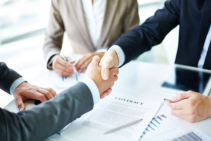how-to-hire-a-salesperson